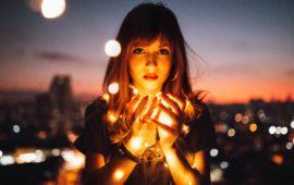 Der Selbstbewusstseins-Schalter – selbstbewusst & selbstsicher werden in 5 Schritten